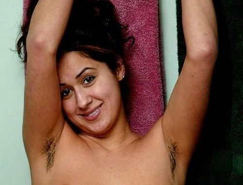 Desi Aunty Sonali Mukharjee showing nude hairy under arm and cunt ...
