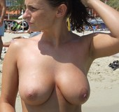 http://img9.imagetwist.com/th/01619/b3gbqlgluxov.jpg